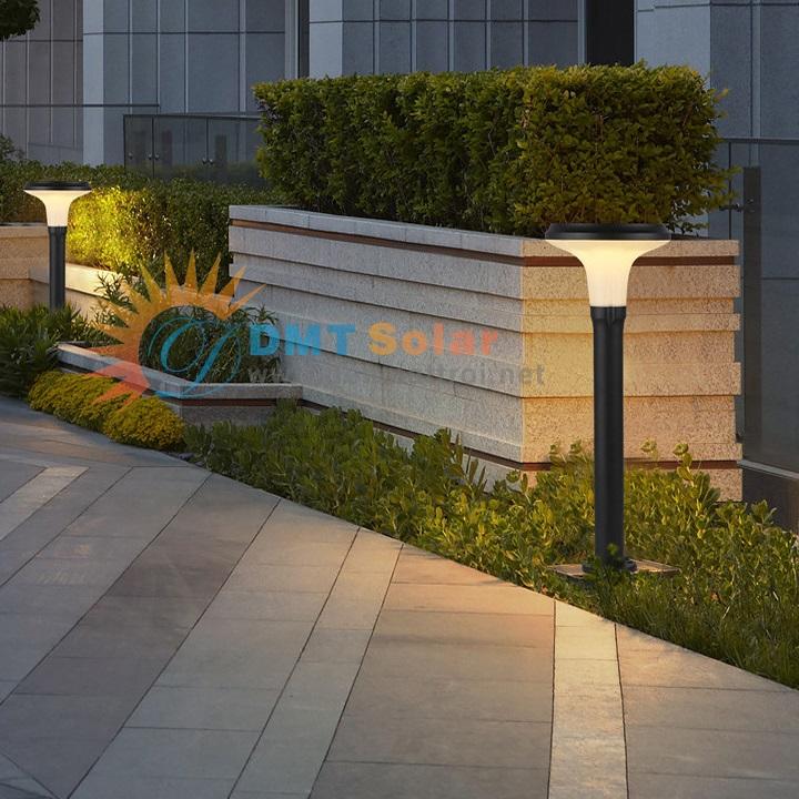 đèn năng lượng mặt trời sân vườn